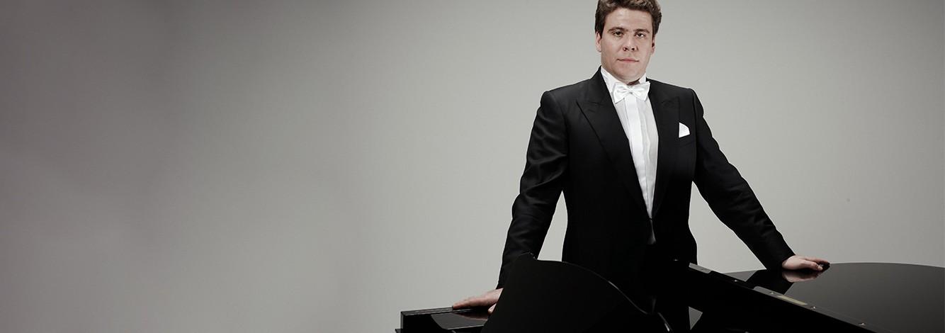 Klaverivirtuoos Deniss Matsujev esineb 11. juulil Nordea Kontserdimajas!